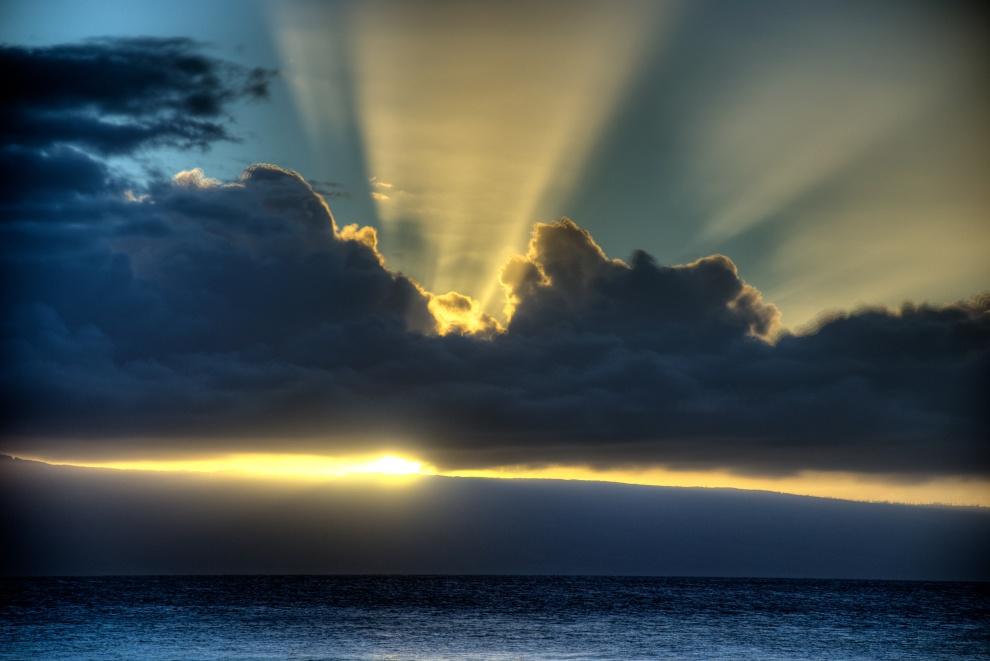 Sunset, Kaanapali Beach, Maui, HI. AS